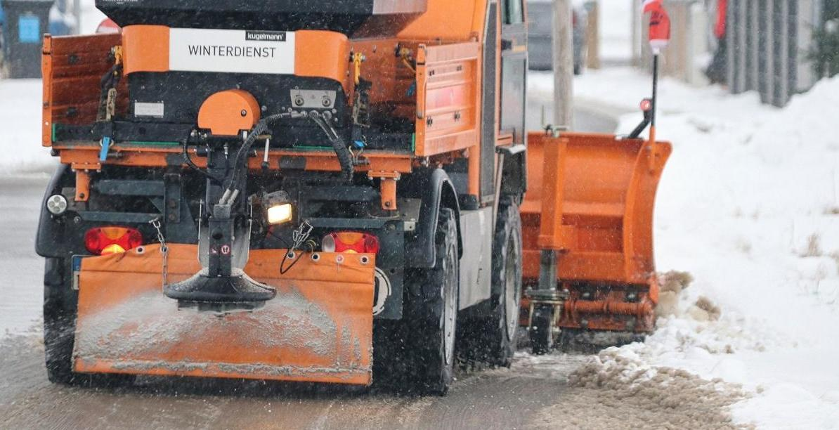 snow-plough-5895336_1920